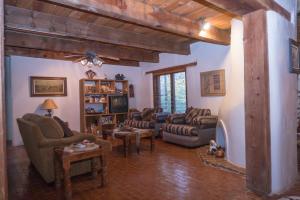 West Livingroom #2