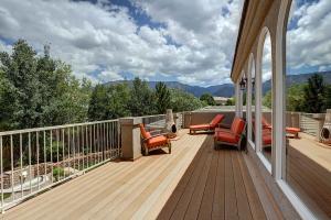 Master_Bedroom_Balcony