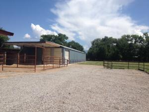 Barn warehouse with rolling door - Copy