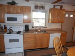 kitchen2304