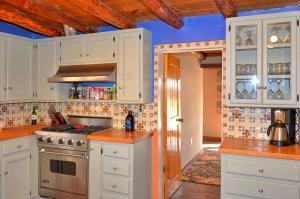 Country-Style Kitchen!