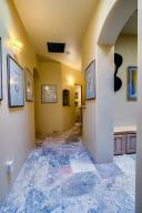046_Hallway (2)