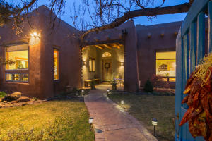 Property for sale at 10103 Rio Del Norte Court NW, Albuquerque,  NM 87114