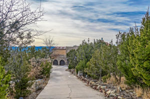 Property for sale at 33 Boulder Lane, Cedar Crest,  NM 87008