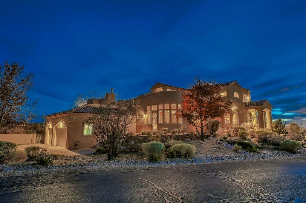 9700 DESERT MOUNTAIN ROAD NE, ALBUQUERQUE, NM 87122