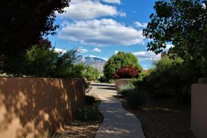 1116 AVENIDA LOS SUENOS, BERNALILLO, NM 87004  Photo