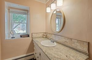 Bathroom 2 - Copy