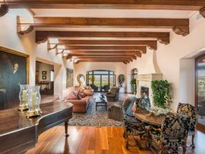 Property for sale at 224 Headquarters Trail, Santa Fe,  NM 87506