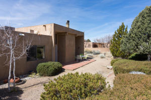 725 Tramway Vista Loop NE Unit-large-042