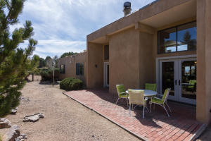 725 Tramway Vista Loop NE Unit-large-041