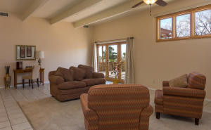 725 Tramway Vista Loop NE Unit-large-029