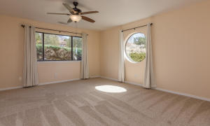 725 Tramway Vista Loop NE Unit-large-033