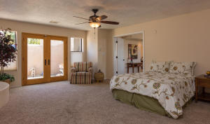725 Tramway Vista Loop NE Unit-large-022