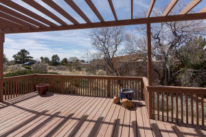 725 Tramway Vista Loop NE Unit-large-017