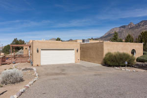 725 Tramway Vista Loop NE Unit-large-002