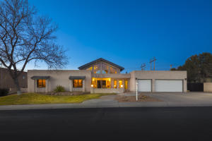 Property for sale at 9701 Tanoan Drive NE, Albuquerque,  NM 87111