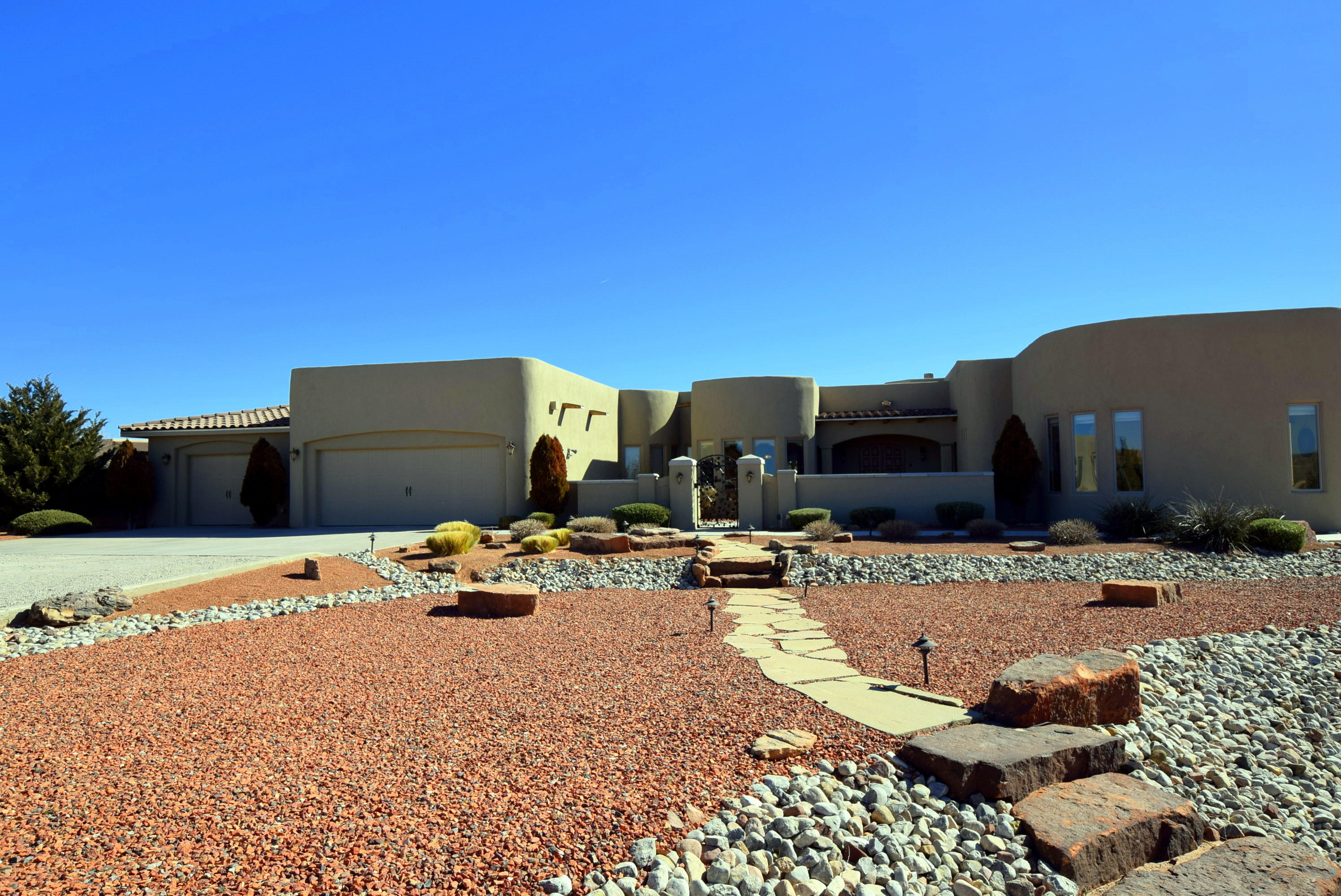 6501 MILPA ALTA ROAD NE, RIO RANCHO, NM 87144