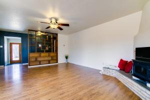 Livingroom-Hall-Foyer