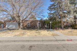 Property for sale at 1608 Lafayette Drive NE, Albuquerque,  NM 87106