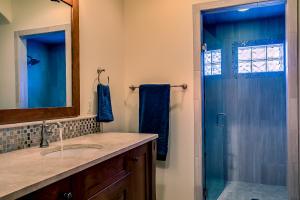 2/4 Bath for Bedroom 3
