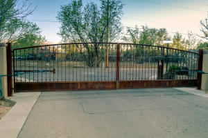 Gated Entry to Neighborhood