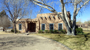 8203 Guadalupe Trail Albuquerque Front1