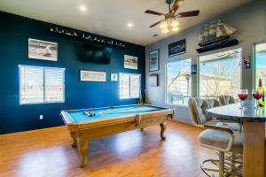 25 game room and bar