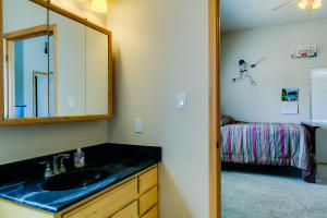 40 bath and attached bedroom
