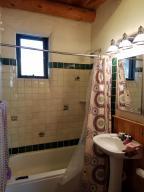Casita Full Bath