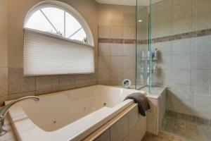 46 Placitas Trails Master Bath 3