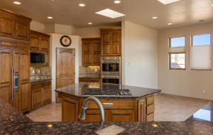 5009 San Adan Ave NW-large-015-16-Kitche