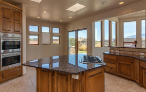 5009 San Adan Ave NW-large-020-21-Kitche