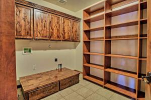 8420 Florence NE - Pantry & Laundry Room