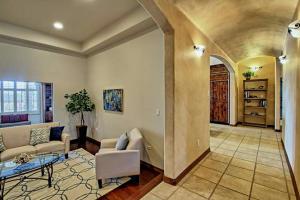 8420 Florence NE - Living Room
