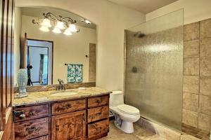 8420 Florence NE - Guest House Bath