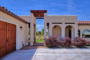 8420 Florence NE - Garages & Guest House