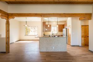 7 Sunrise Drive Kitchen-Dining