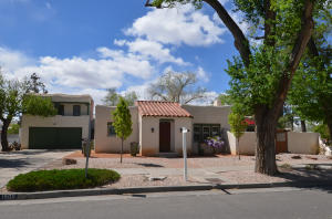 Las_Lomas_real_estate-2