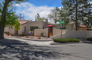 Las_Lomas_real_estate-3