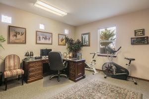Bedroom 4:Office