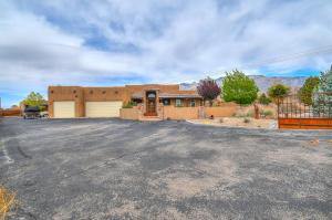 Property for sale at 9521 Signal Avenue NE, Albuquerque,  NM 87122