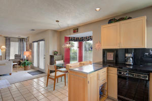 6817 MEDINAH LANE NE, ALBUQUERQUE, NM 87111  Photo 9