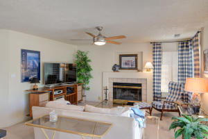 6817 MEDINAH LANE NE, ALBUQUERQUE, NM 87111  Photo 13