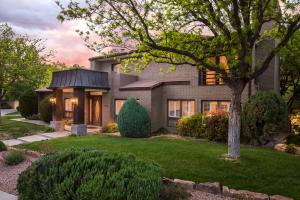 Property for sale at 11001 Bermuda Dunes NE, Albuquerque,  NM 87111