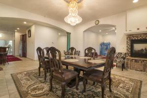 D Interior 3 Dinning Room 2