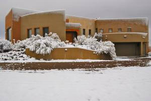 24House in snow