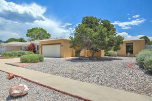 Property for sale at 9420 Camino Del Sol NE, Albuquerque,  NM 87111