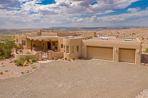 8 Valley View Crt-1