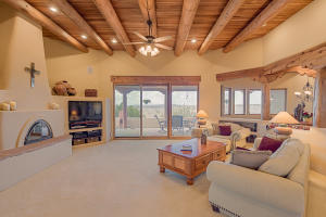 8 Valley View Crt-6