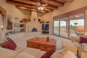 8 Valley View Crt-7